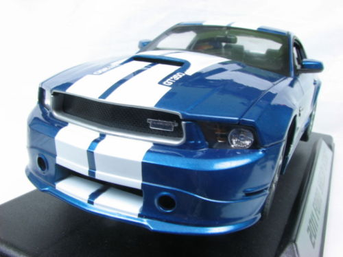 01353 SHELBY COLLECTIBLES FORD SHELBY GT350