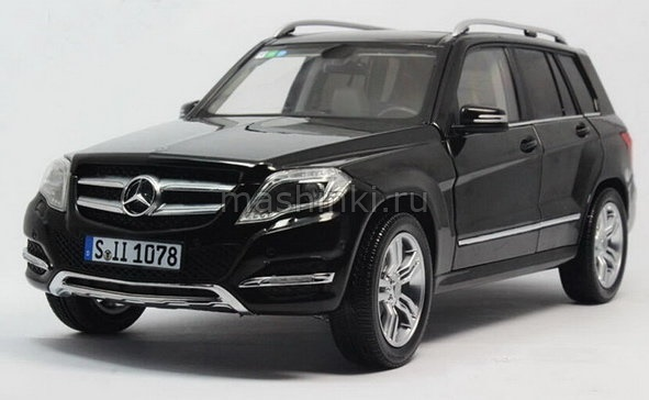 11008BL 14+ GT AUTOS WELLY GT AUTOS 1/18 MERCEDES-BENZ GLK-Class (X204) рестайлинг 2013 black