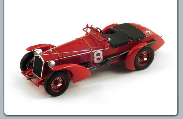 18LM32 SPARK Alfa Romeo 8C #8 Winner LM 1932 R. Sommer - L. Chinetti  1932