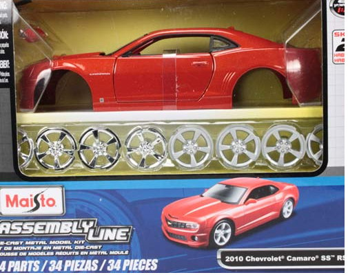 39206 03+ MAISTO MAISTO Kit 1/24 MERCEDES-BENZ SLK