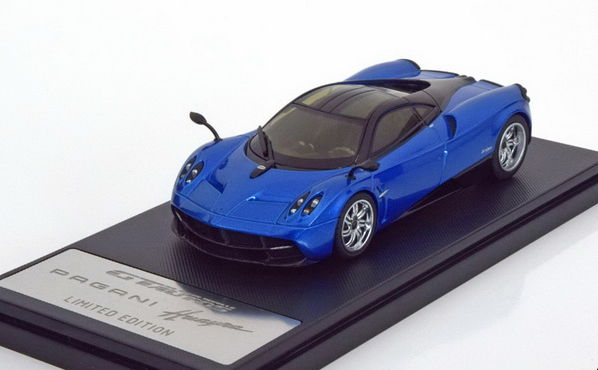 41011GW GT AUTOS WELLY PAGANI Huayra 2013 metallic blue/black