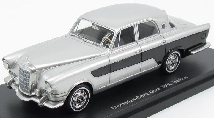 43440 BOS MERCEDES-BENZ Ghia 300C Berlina 1956 silver-black