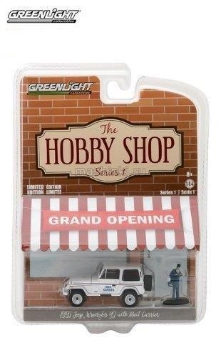 97010D 14+ GREENLIGHT GREENLIGHT 1/64 JEEP Wrangler YJ Mail Carrier c фигуркой 1991 white