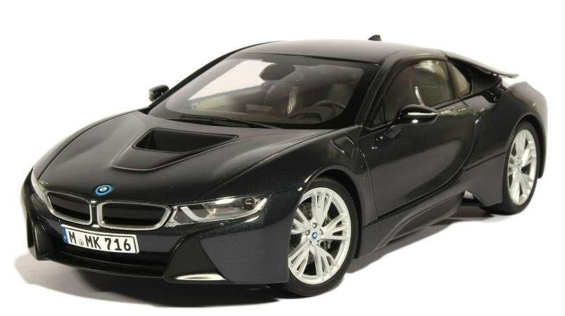 97082 PARAGON MODELS PARAGON 1/18 BMW i8 2014 metallic dark grey