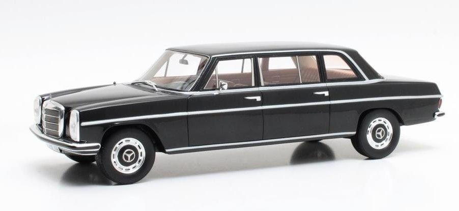 CML004-1 CULT CULT 1/43 MERCEDES-BENZ 230 Lang (V114) 1970 black