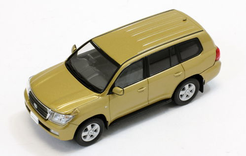 JC242 J-COLLECTION TOYOTA LAND CRUISER 200 2010 Gold Mica