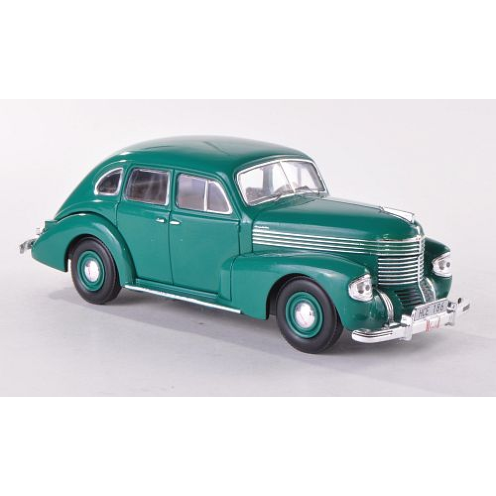 mus048 IXO (MUS) OPEL Kapitan Sedan (1939), green