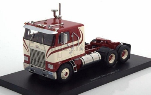 NEO44865 14+ NEO NEO 1/43 DIAMOND REO Royale CO8864D седельный тягач 1975 red/hite