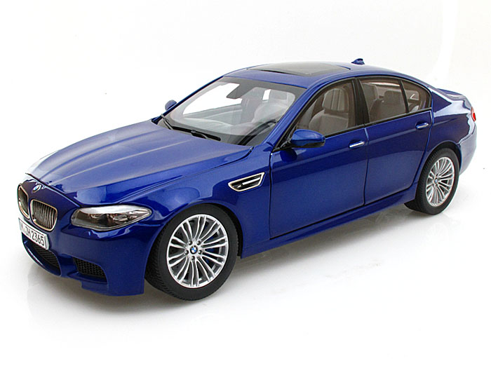 PA-97014 PARAGON MODELS BMW M5 BLUE 2012