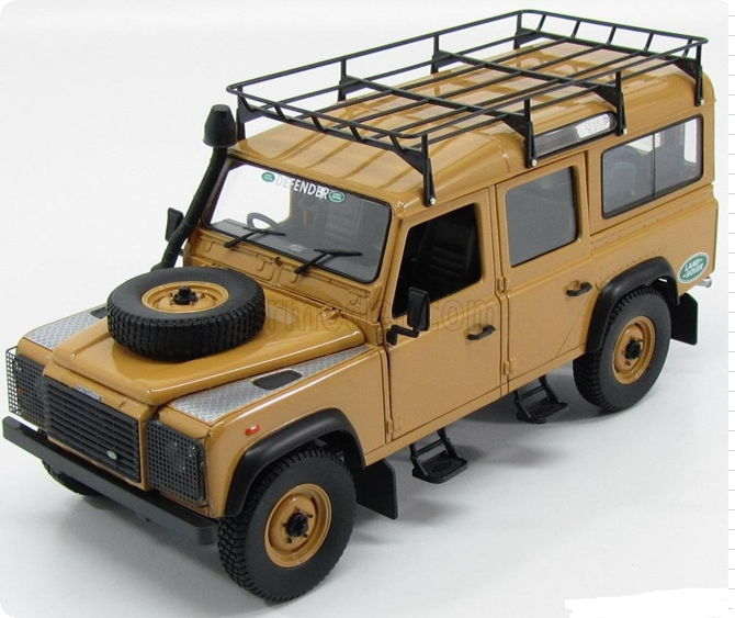 UH3884 UNIVERSAL HOBBIES UNIVERSAL HOBBIES 1/18 LAND ROVER Defender 110 Station Wagon 4x4 Expedition Version 1995