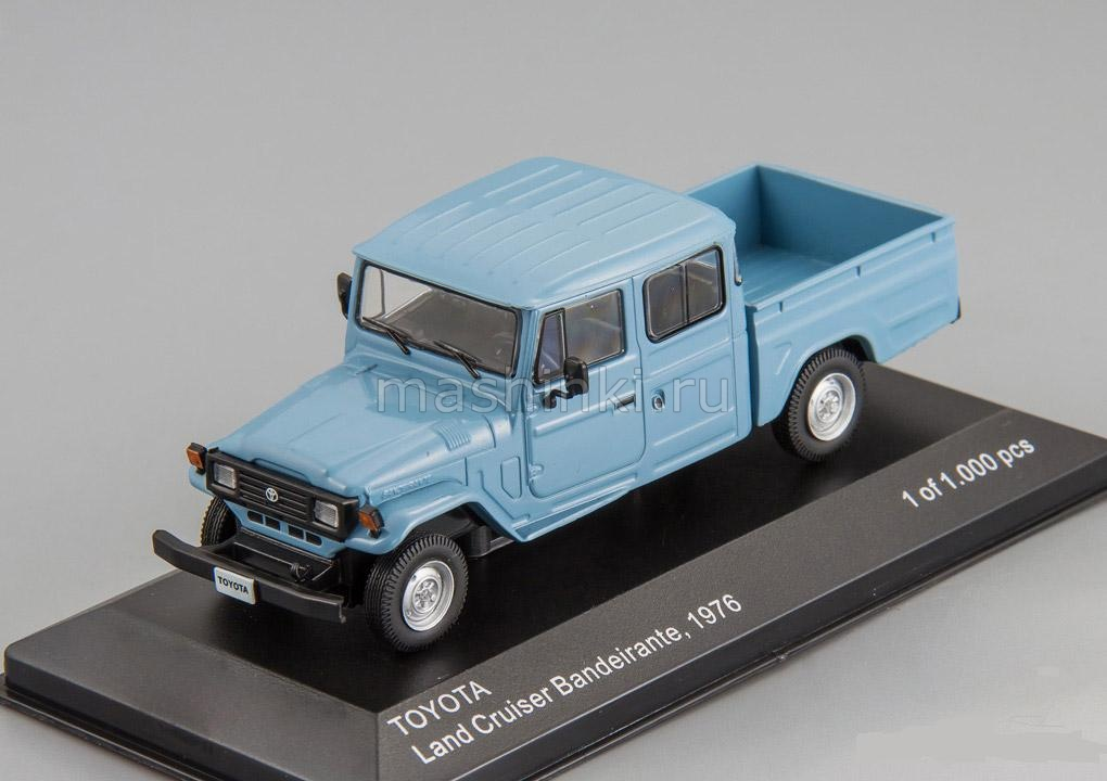 WB255 14+ WHITEBOX WHITEBOX 1/43 TOYOTA Land Cruiser Bandeirante Pick-Up 4х4 1976 blue