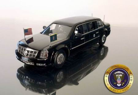 100419 LUXURY COLLECTIBLES CADILLAC DTS PRESIDENTIAL LIMOUSINE PRESIDENT OBAMA 2009