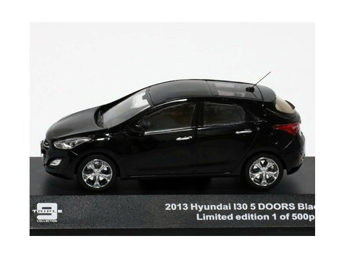 43004 TRIPLE 9 COLLECTION HYUNDAI i30 5-doors 2013 Black