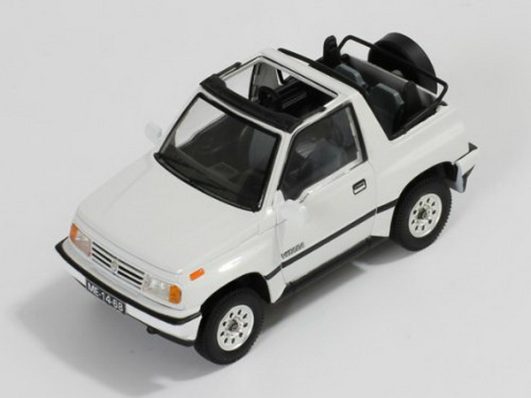 43018 TRIPLE 9 COLLECTION Suzuki Vitara 1.6 JLX 4x4 Convertible - white1992