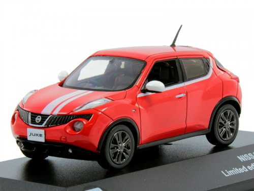 43034 TRIPLE 9 COLLECTION Nissan Juke 4х4 - red/white stripes2010