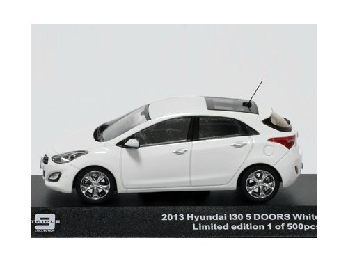 43037 TRIPLE 9 COLLECTION HYUNDAI i30 5-doors 2013 White