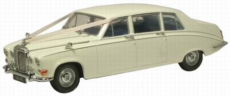 DS001W OXFORD DAIMLER DS420 OLD ENGLISH 1968 (white)