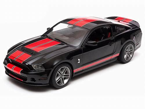 GL12825 GREENLIGHT Ford Mustang Shelby GT500 - black/red stripes 2010