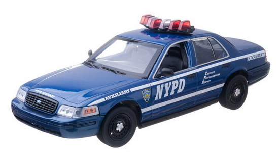 GL12877 GREENLIGHT Ford Crown Victoria Police Interceptor NYPD Auxiliary Interceptor (Lights and Sound)
