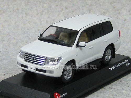 JCP69001W J-COLLECTION TOYOTA LAND CRUISER 200 (white)