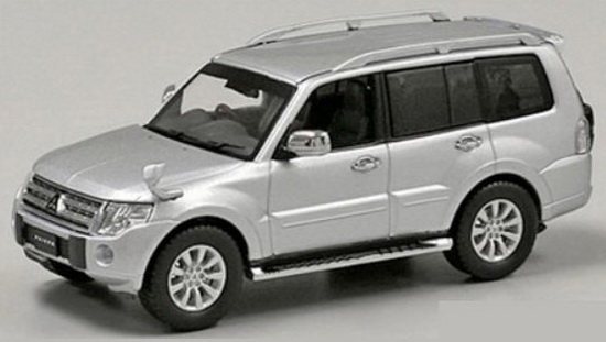 JCP81003SL J-COLLECTION Mitsubishi Pajero Super Exceed (Cool Silve Metallic)