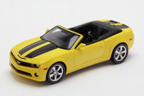 LC101089 LUXURY COLLECTIBLES Chevrolet Camaro SS Convertible - Rally Yellow w/Black 2011