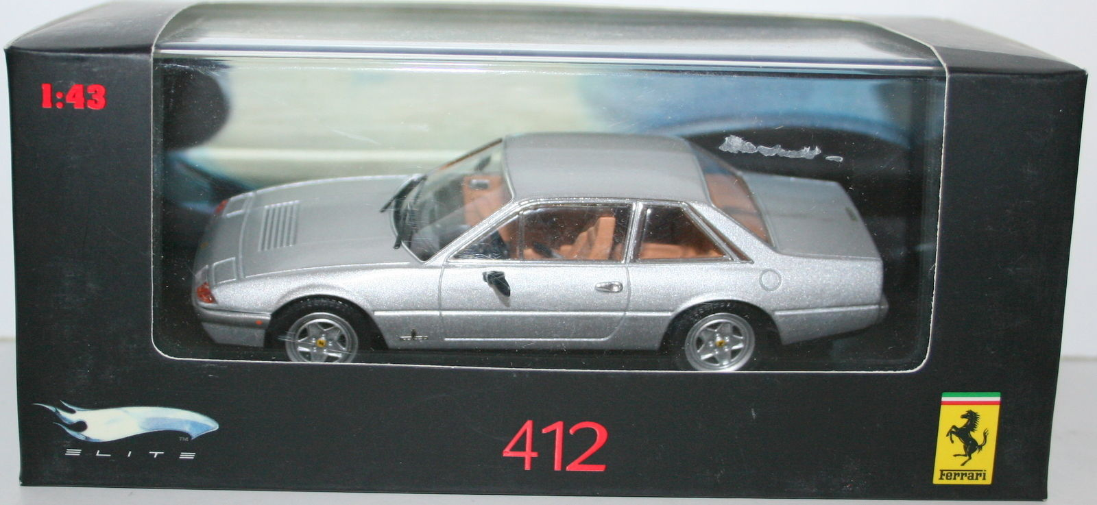 N5597 HOT  WHEELS Ferrari 412 1985 silver