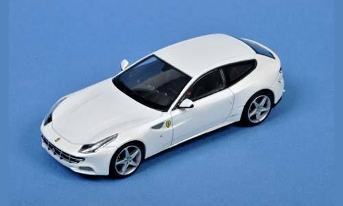 W1190 HOT  WHEELS Ferrari FF white