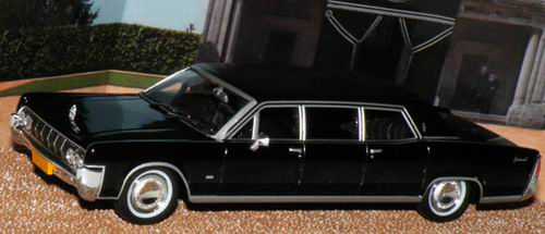 jb119 JAMES BOND 007 Lincoln Continental Stretched Limousine - James Bond 007 «Thunderball»